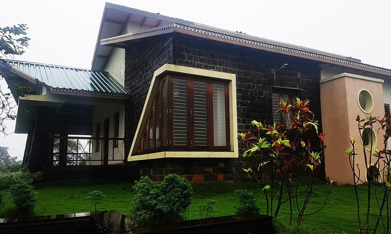 Jungle Woods by Mystique Escapes, vacation rental in Nashik