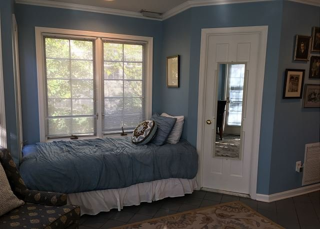 twin bed plus fold out love seat with second twin bed