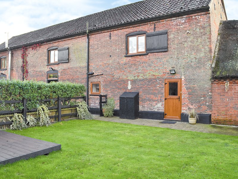 The Old Stables, holiday rental in Brundall