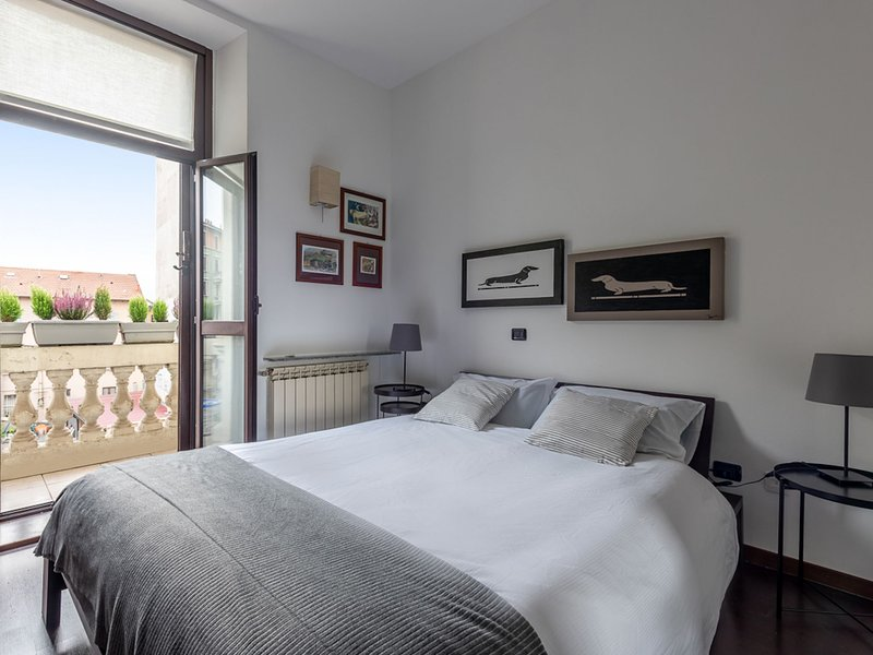 Urban District Apartments - Milan Lancetti Style (1BR), vacation rental in Brusuglio
