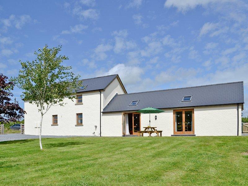 Llanlliwe Cottage, location de vacances à Llangynin