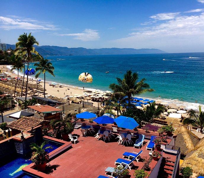El Dorado 402:  Fantastico!, vacation rental in Puerto Vallarta