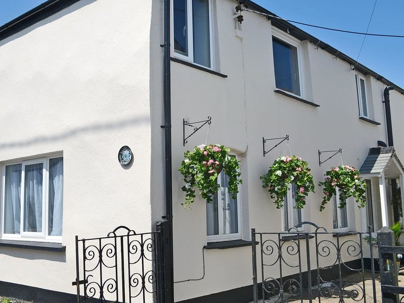 Snowdrop Cottage, holiday rental in Clovelly