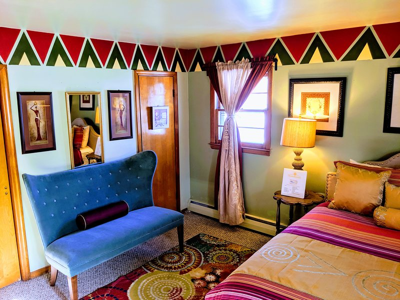 Muwuyu Queen en-Suite at MushaindoroHS, location de vacances à Iselin