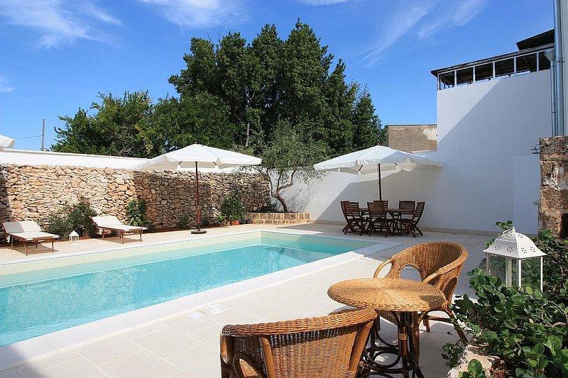 Villa Clio Grande, casa vacanza a Felline