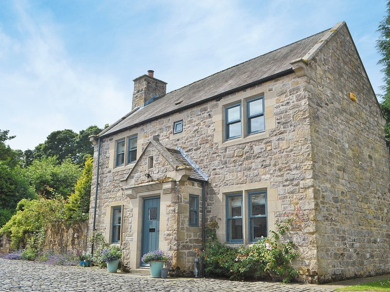 Tower Cottage - MVW, holiday rental in Horsley