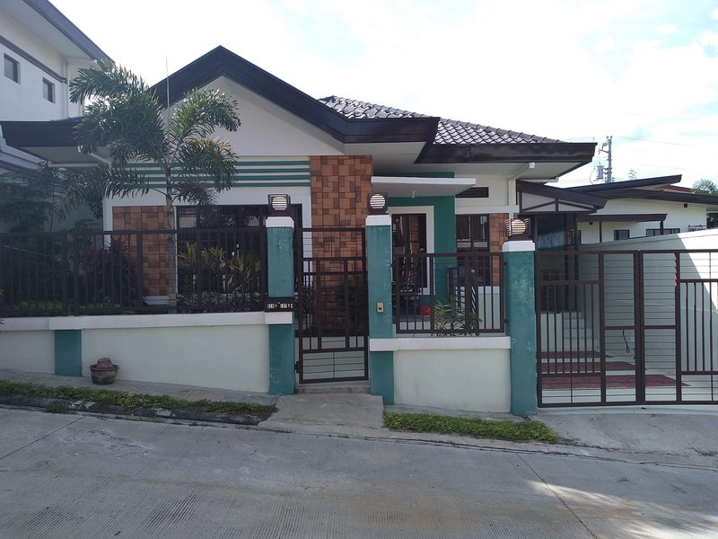 Money Saver Home 5 Min To Airport, Wifinetflix, location de vacances à Davao City