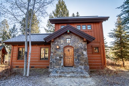 Little Cabin In The Woods | Tamarack Resort | Sleeps 6, alquiler vacacional en Donnelly