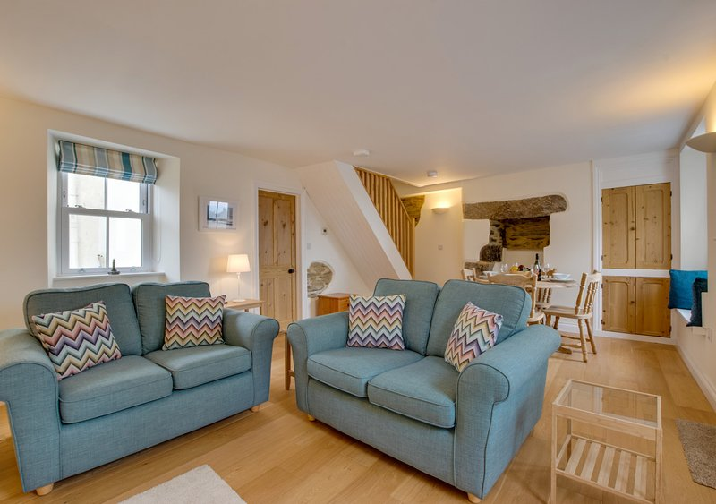1 Peverell Cottages, holiday rental in Gunwalloe
