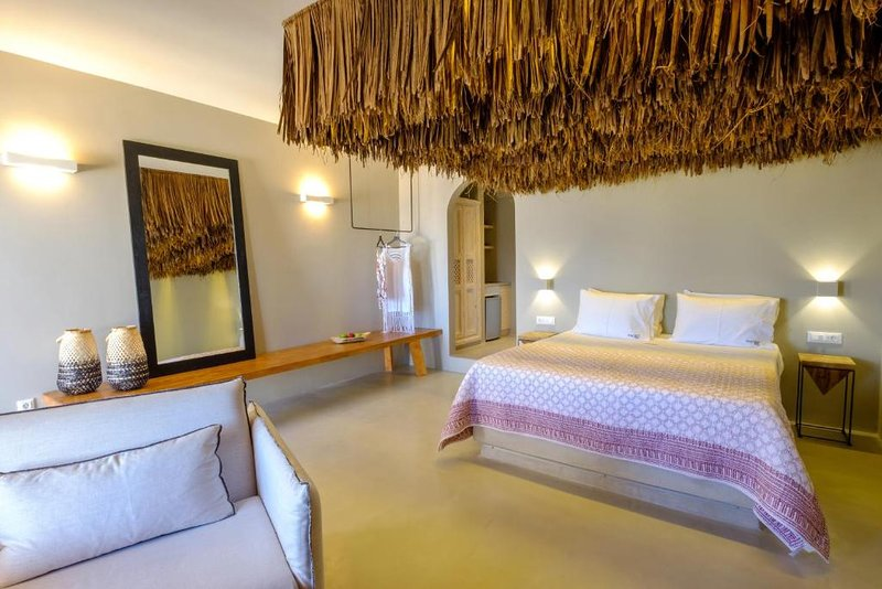 IfestAu.4 deluxe suite with sea view. Suite 2, vakantiewoning in Athinios