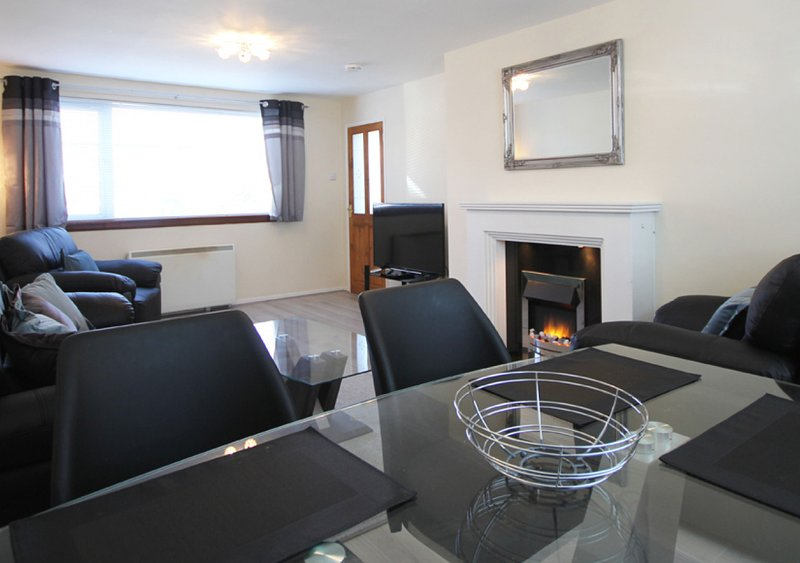 Crumstone, No 18, holiday rental in Seahouses