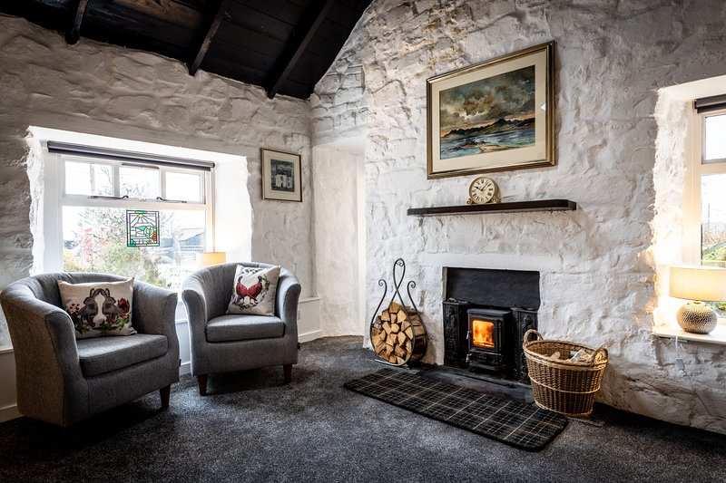 The Old Post Office, Bernisdale, holiday rental in Treaslane