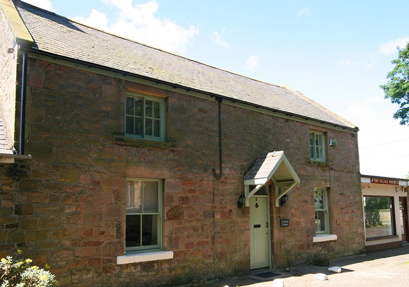 No 2, Church Cottages, holiday rental in Beadnell