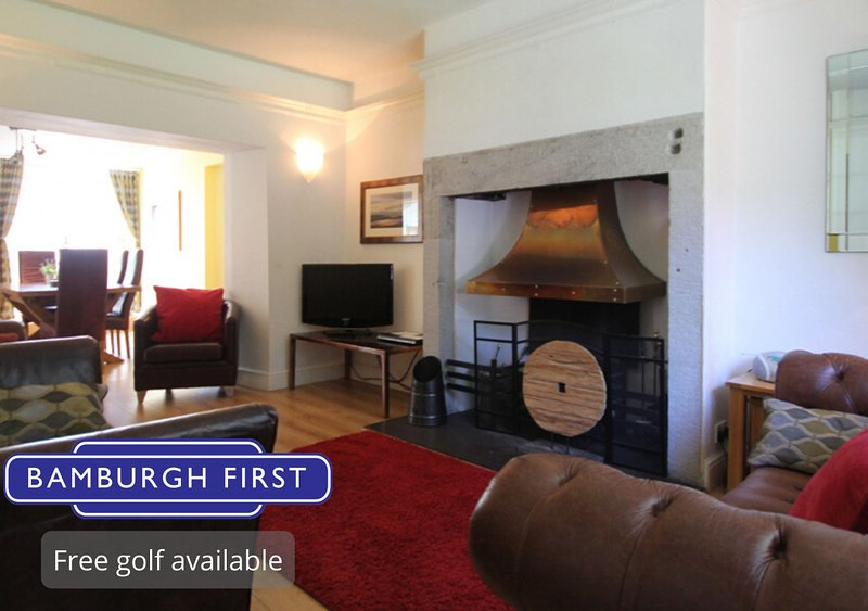 Village House, vacation rental in Bamburgh