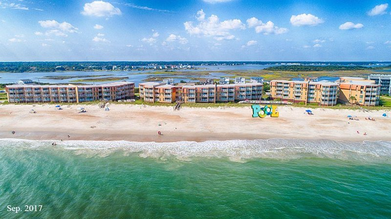 Topsail Dunes 2202 Oceanfront! | Community Pool, Tennis Courts, Grill Area, vacation rental in North Topsail Beach
