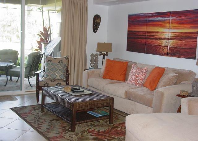 Nya möbler och konstverk tillagda.