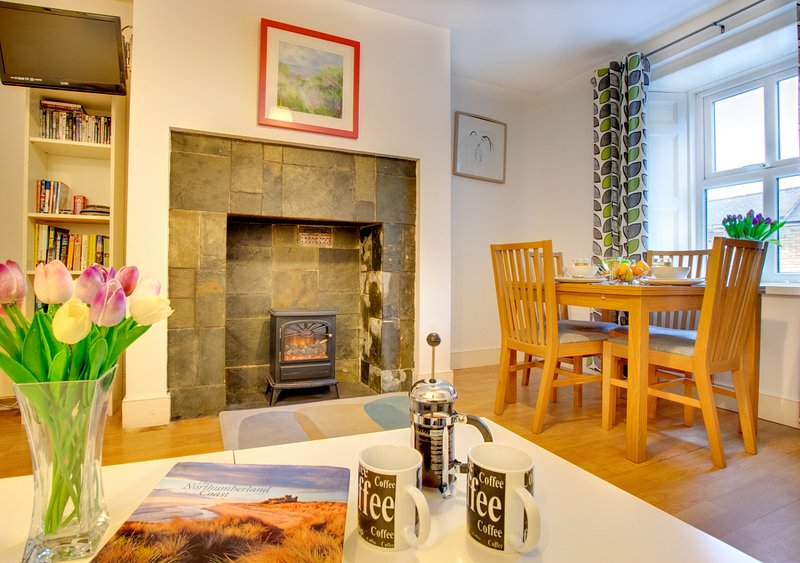 Peregrine, holiday rental in Seahouses