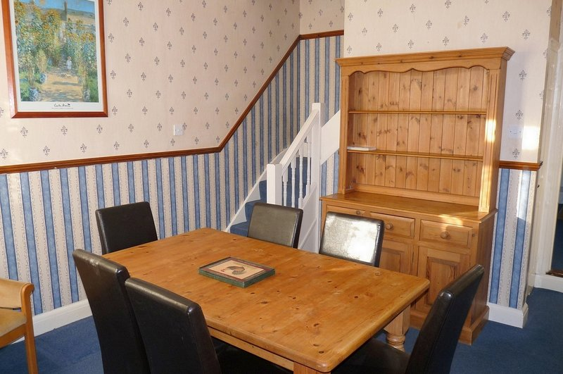 Victoria House 15 with 3 bedrooms and Fast WiFi, vacation rental in Minster on Sea