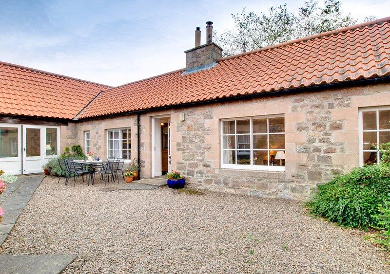 Glebe Court Cottage, casa vacanza a Eglingham