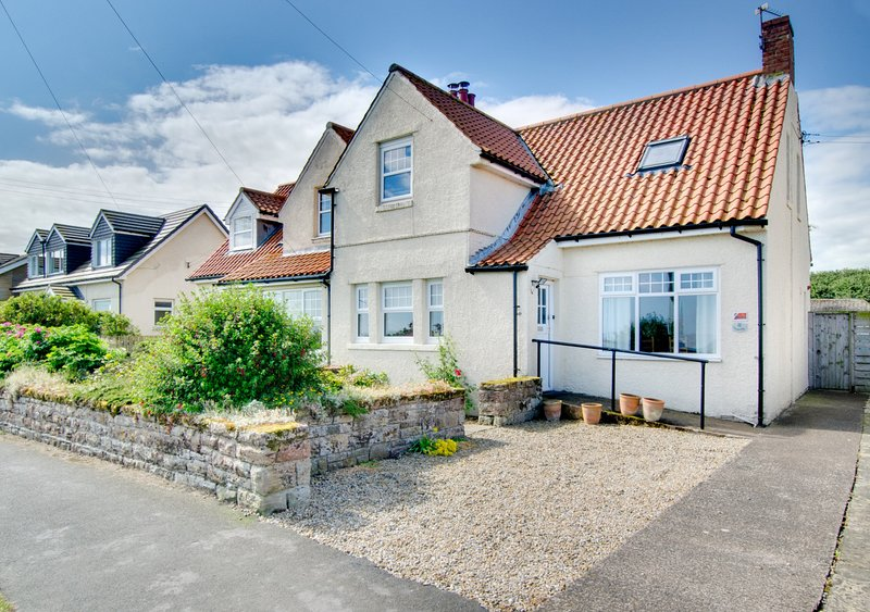 Topcliffe, holiday rental in Beadnell