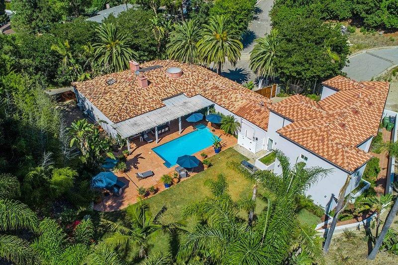 Beverly Hills Mediterranean Estate, alquiler de vacaciones en Beverly Hills