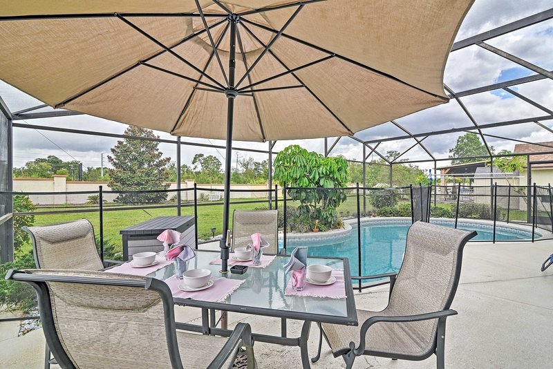 Live a life of luxury out on this Kissimmee home's private lanai!