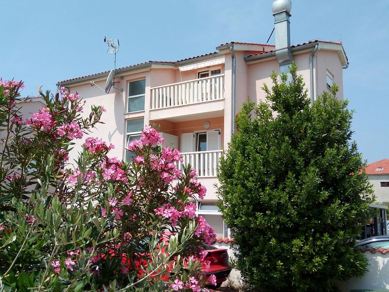 Marlen A2(4) - Vodice, vacation rental in Vodice