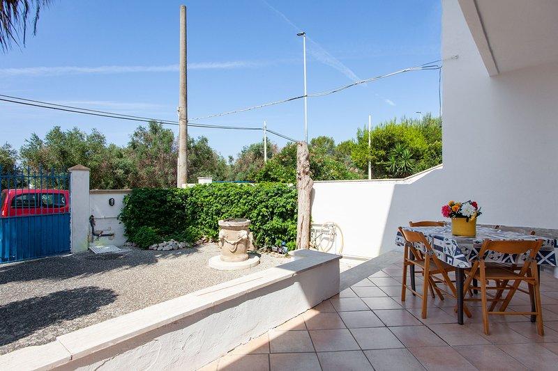 Casa vista mare per relax in spiaggia m521, vacation rental in Nardo