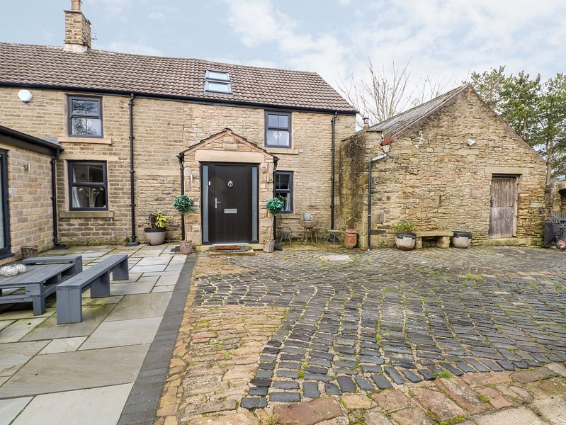 Carr House Farm, Glossop, holiday rental in Mossley