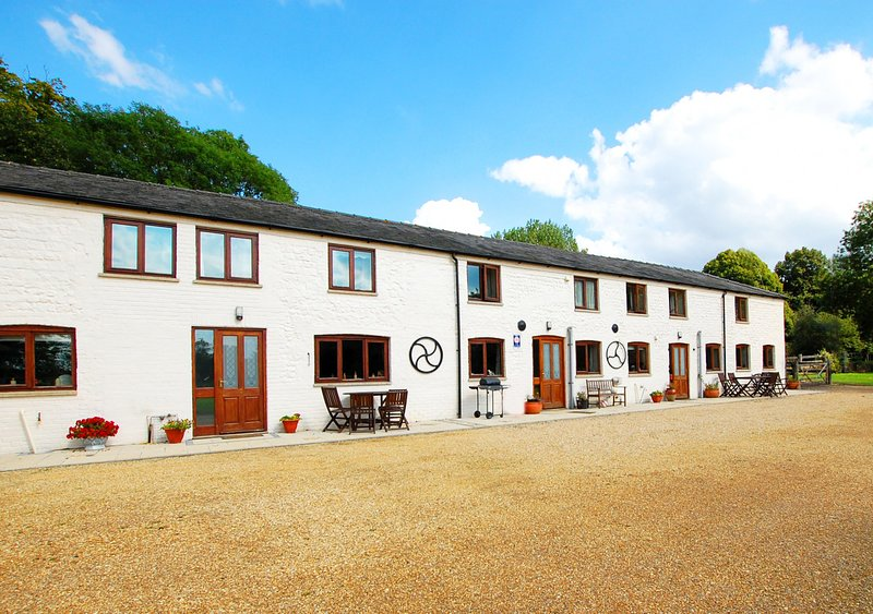 1 Barge Cottages, vacation rental in Castle Acre