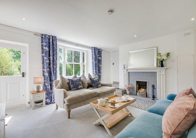 2 Marestail Cottages, vacation rental in Briston