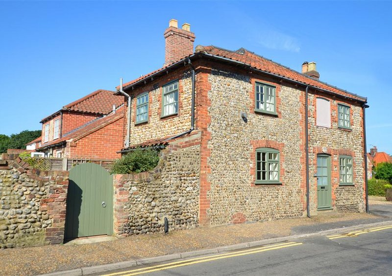 Almond Tree Cottage, holiday rental in Wiveton