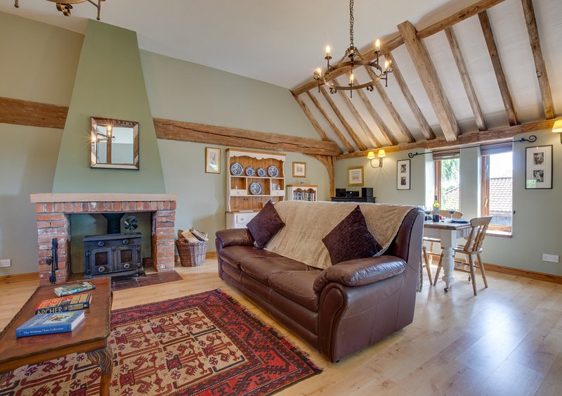 Chestnut Barn, holiday rental in Acle