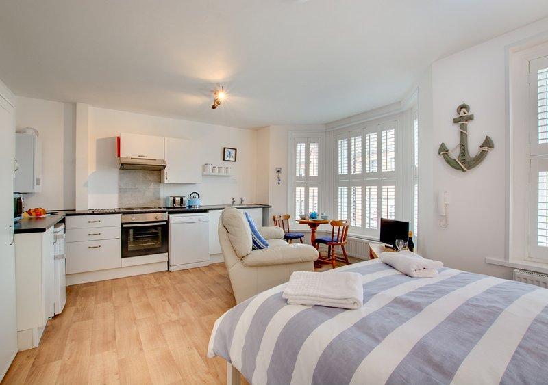 Flat 6, Erpingham House, vacation rental in West Beckham