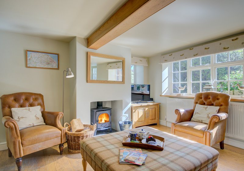 Pear Tree Cottage, holiday rental in Field Dalling