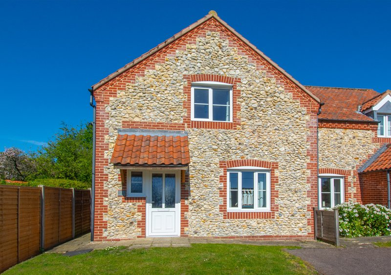 Pebble Cottage, holiday rental in Walsingham