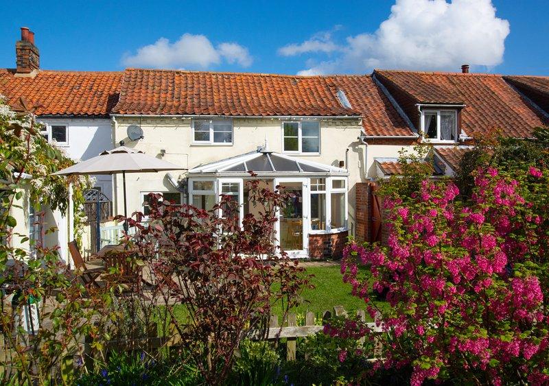 Shamrock Cottage, holiday rental in Field Dalling