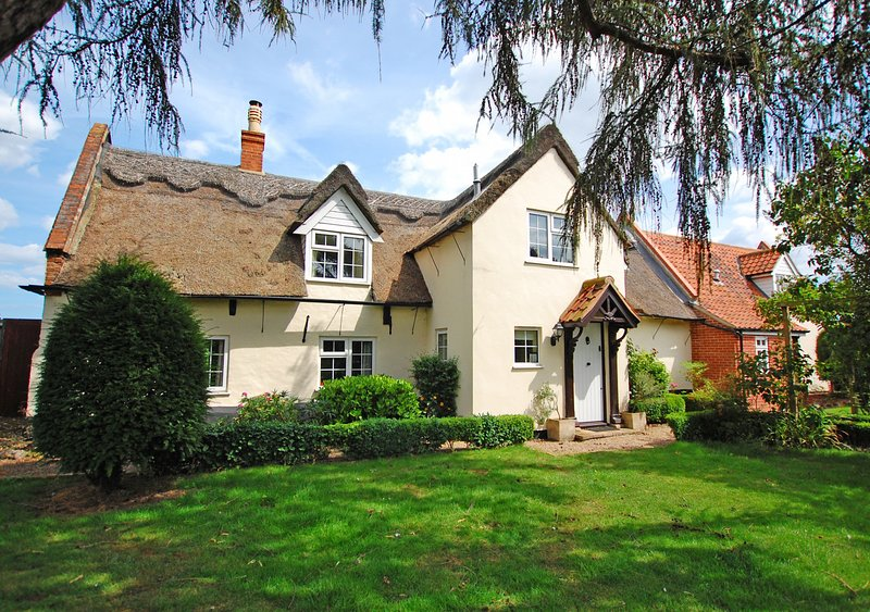 St Benets, holiday rental in Ludham