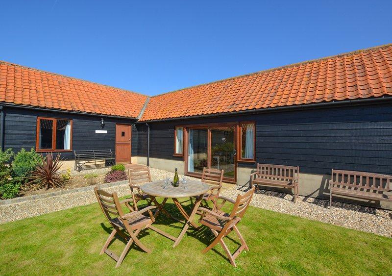 Sunnyside Lodge, vacation rental in Warham