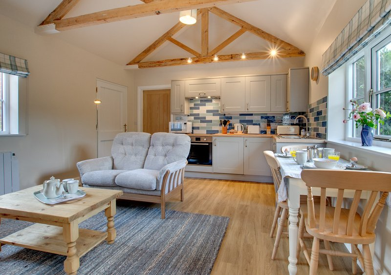 The Old School House, holiday rental in Corpusty