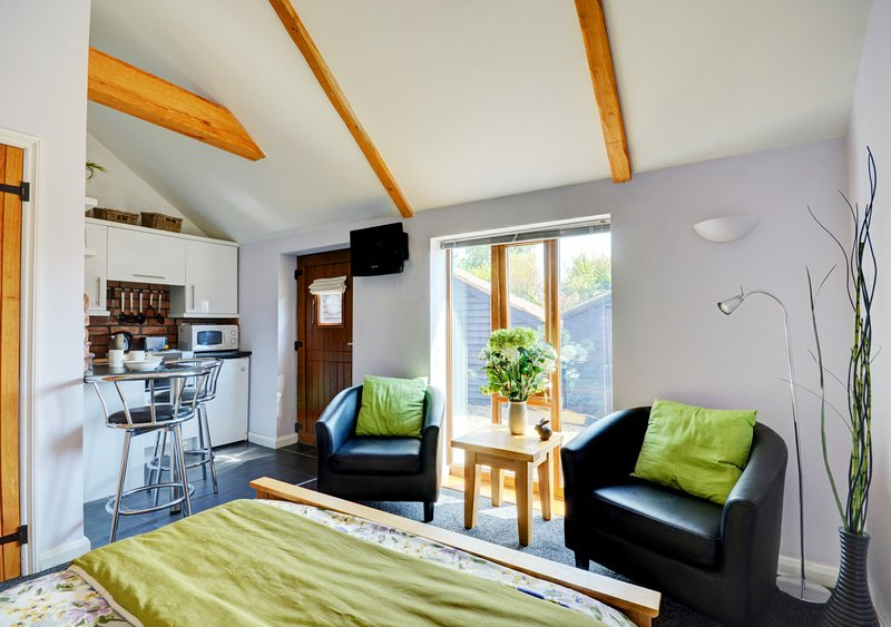 The Rabbit Hole, vacation rental in Thurton