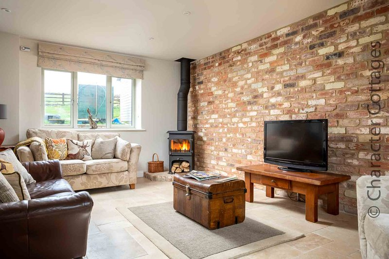 Hetty's Stables is a stunning barn conversion in the grounds of Aylworth Cottage, vacation rental in Temple Guiting
