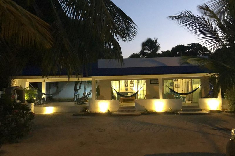 Un Hermoso Lugar para Descansar en Familia, location de vacances à San Antero