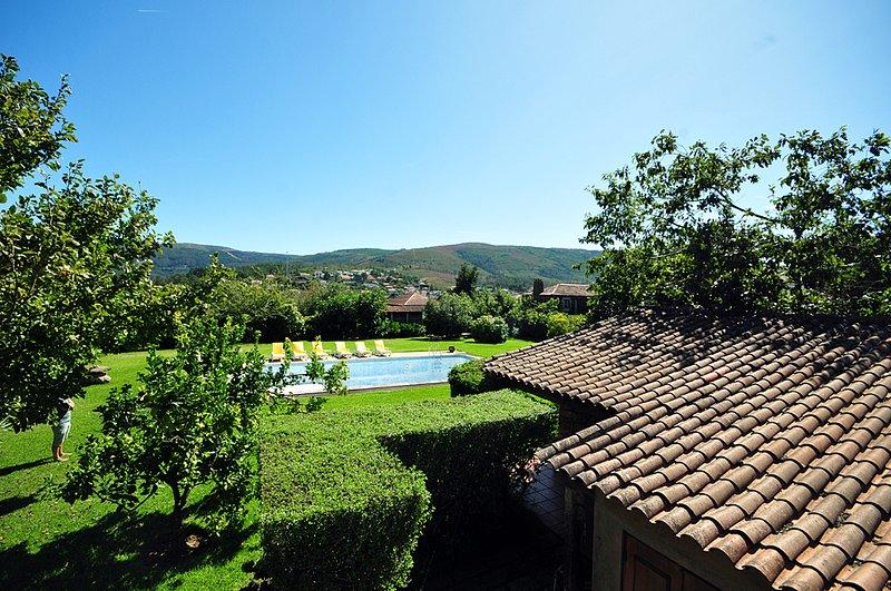 Mouteira Villa Sleeps 9 with Pool and WiFi - 5821595, alquiler vacacional en Vilar de Mouros