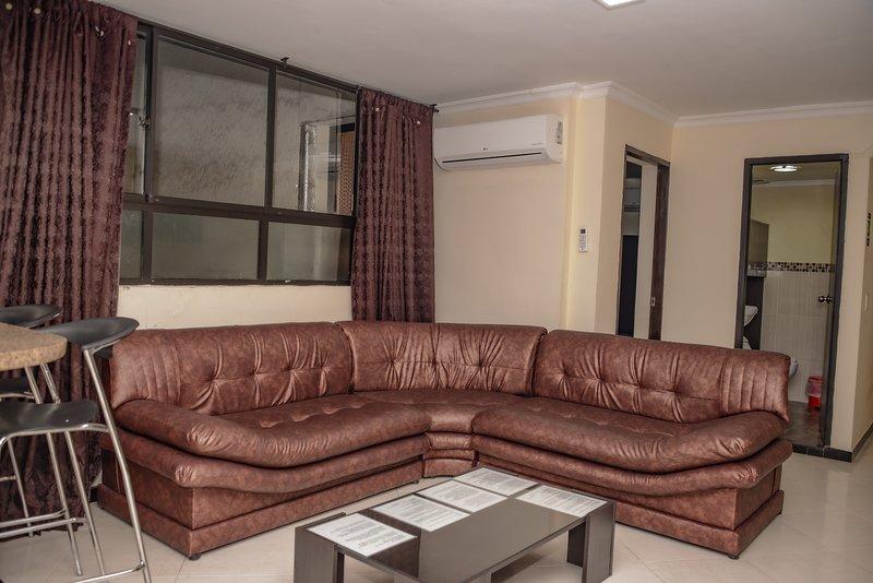 3 Bedroom AC, Hot Tub Lleras Guests OK, location de vacances à Medellin