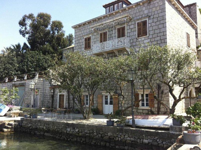 Villa Birimiša - Studio with Sea View - No.1, alquiler de vacaciones en Sudurad