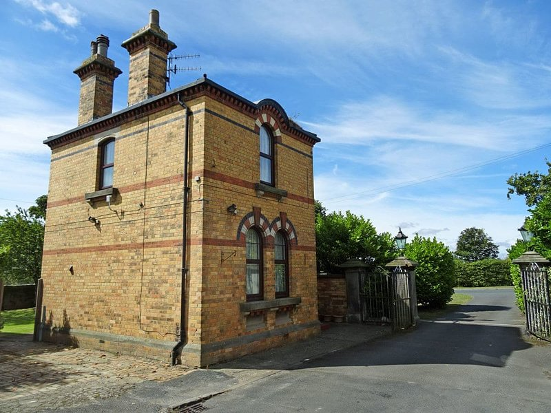 The Gatehouse - UK2482, holiday rental in Staxton
