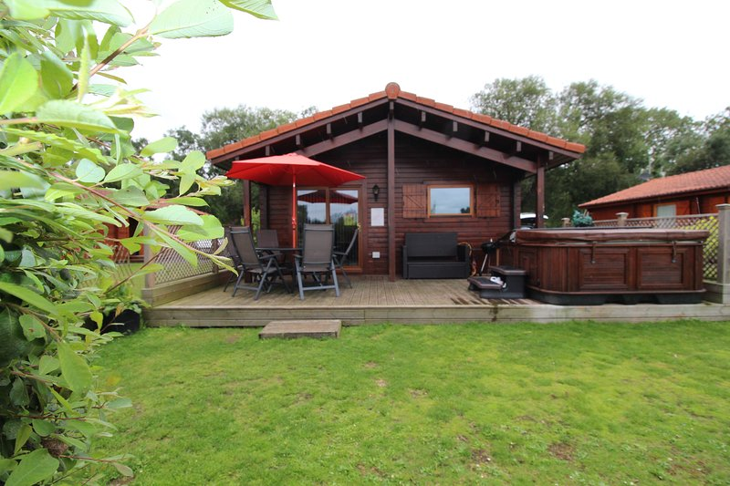 Luxury wooden lodge, Bittern Lodge, vacation rental in Tattershall