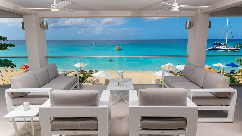 The One at The St. James (3 bed), holiday rental in Paynes Bay