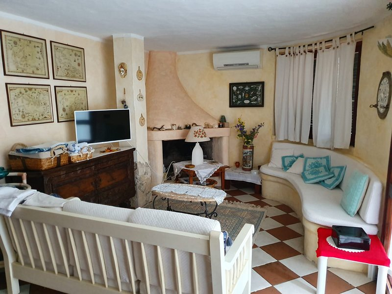 Nice apartment with sea view, holiday rental in Nuragheddu